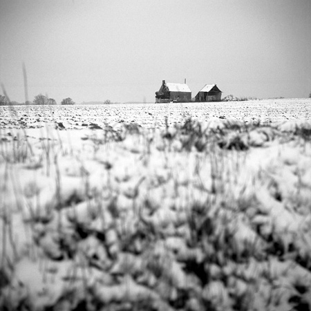 07 barns in snow